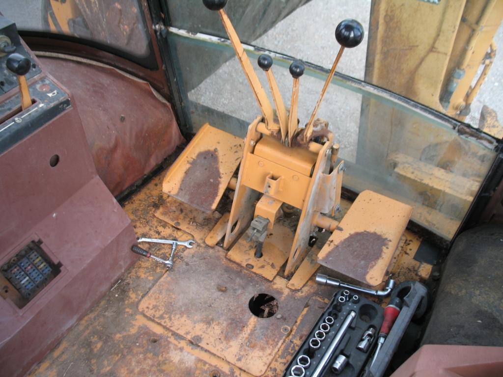 tractopelle case 580 k revue technique